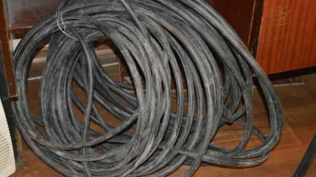 В Галиче задержали двух мужчин которые украли электрокабель длинною в 61 метр