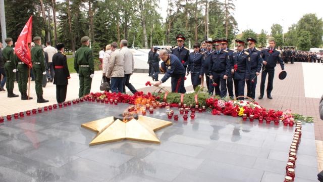 Сотрудники следственного управления СК России по Костромской области почтили память погибших в Великой Отечественной войне