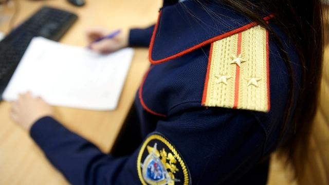 В Костроме отец систематически истязал 5-летнюю дочку