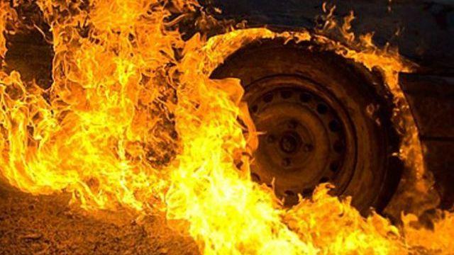 В Шарьинском районе Камаз попал в ДТП и загорелся