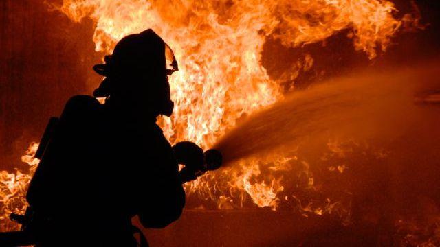 Честное СМИ: В Костроме сгорел дом, есть пострадавшие