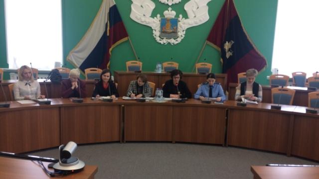 Представитель прокуратуры области принял участие в организованном Уполномоченным по правам ребенка при губернаторе Костромской области вебинаре