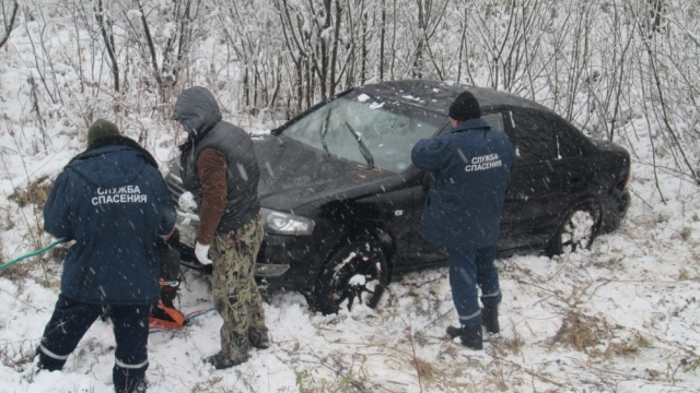 Иномарка перевернулась в Макарьевском районе
