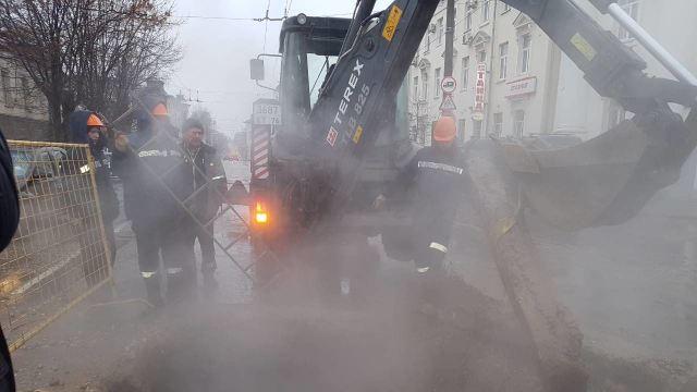 В Костроме завершаются работы по устранению порыва на магистральных теплосетях