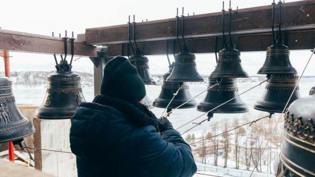 На колокольне Костромского кремля впервые зазвучали колокола