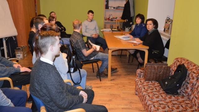 Старший помощник прокурора Костромской области и Уполномоченный по правам ребенка при губернаторе Костромской области встретились с выпускниками учреждений для детей-сирот