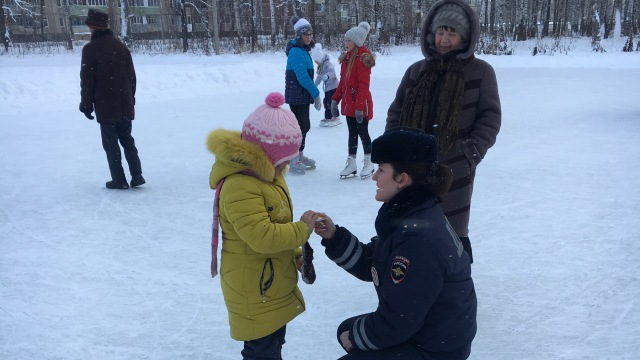 Костромичи становятся участниками развлекательно-познавательных программ по ПДД в массовых местах отдыха