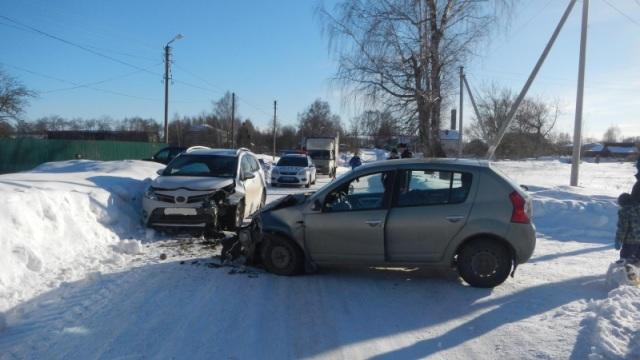 ДТП произошло в Красносельском районе: пострадали 2 человека